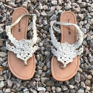 AMERICAN EAGLE KNITTED SANDALS